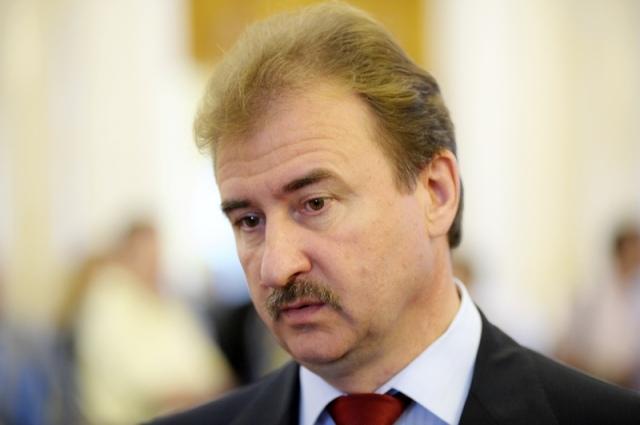 Оппозиция хочет наказать Попова за снег