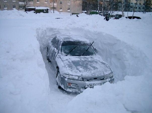 Найти и откопать авто из снега в Киеве можно за 50 гривен
