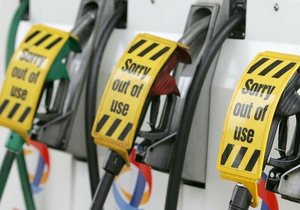 На автозаправках продавали бензин-подделку