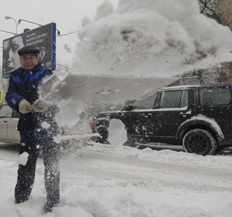Янукович должен ответить за снежный хаос в Киеве - А.Яценюк