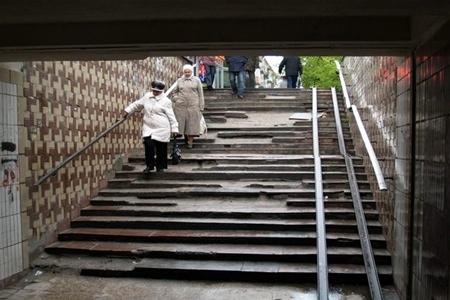 Подземные переходы в Киеве радовать порядком будут еще не скоро
