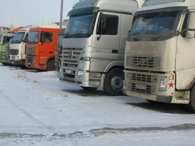 Грузовикам запретили ездить по Киеву