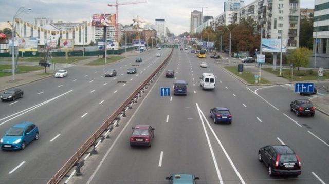 На проспекте Победы начались работы по реконструкции