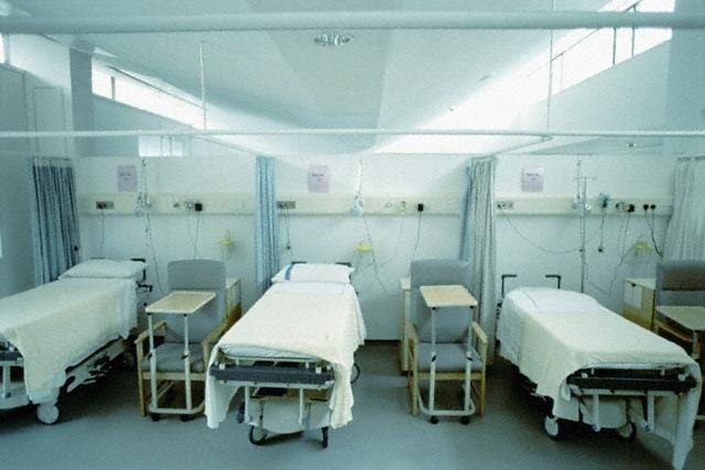 Киевлян могут оставить без медицины