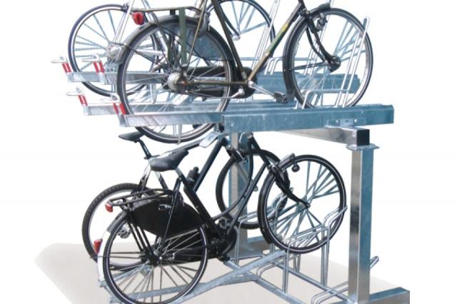 Ко Дню Киева в городе появятся первые двухъярусные велопарковки