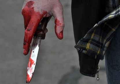 МВД: мужчину на Саксаганского зарезали, а не застрелили