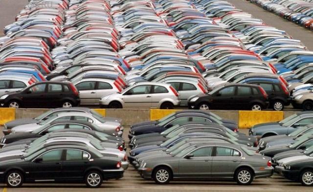 Мошенник продавал по интернету несуществующие авто