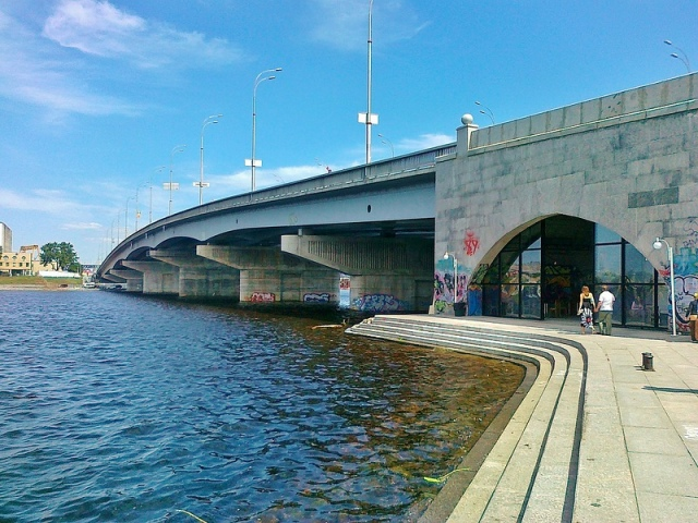 "Под Гаванским мостом затопило галерею ""Арт-причал"""