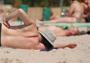 Пляжный сезон в Киеве могут официально открыть 26 мая