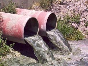 Нечистоты из дачных туалетов могут оказаться в реках