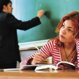 Депутаты приняли с недоработками Стандарт столичного образования