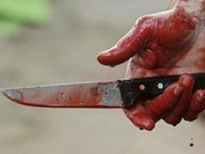 Киевлянин решил не ссориться с матерью, а просто убить ее