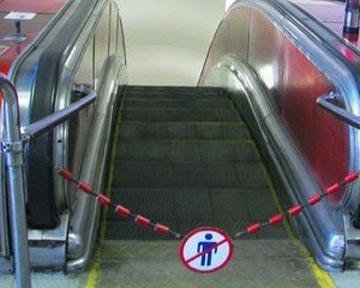 На пересадочном узле киевского метро начали чинить эскалаторы
