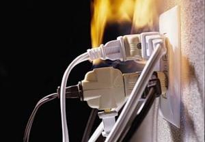 В Киеве люди не досмотрели телевизор из-за пожара