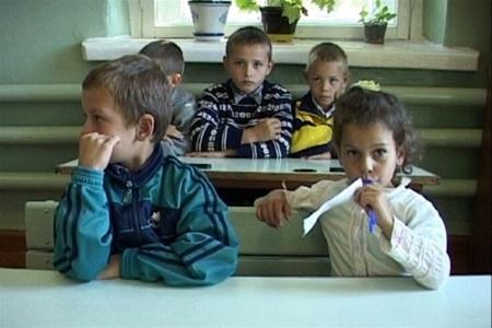 Почти 80% выпускников киевских школ больны
