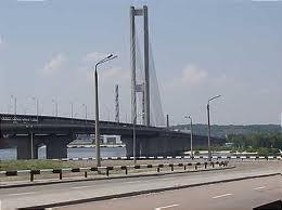 На Южном мосту ограничат движение