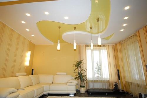 Натяжные потолки в интерьере современных помещений