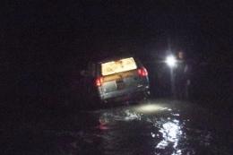 В реке Лыбидь утопился автомобиль