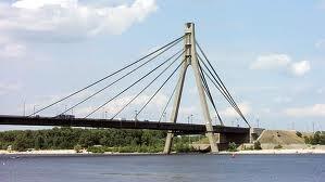 13 июля будут чинить Московский мост. Возможны заторы