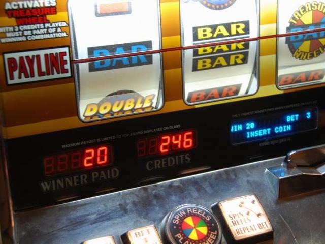 Милиция разоблачила три подпольных казино