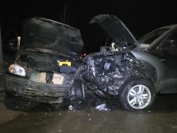 ДТП под Киевом: водитель погиб, шестеро в больнице