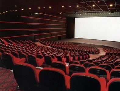 Кинотеатры должны принадлежать киевлянам, а не быть частными лавочками - КГГА