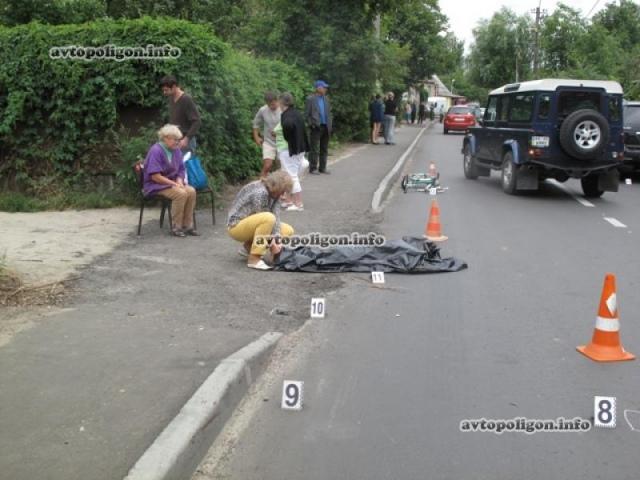 Под колесами иномарки в Киеве погиб 9-летний велосипедист