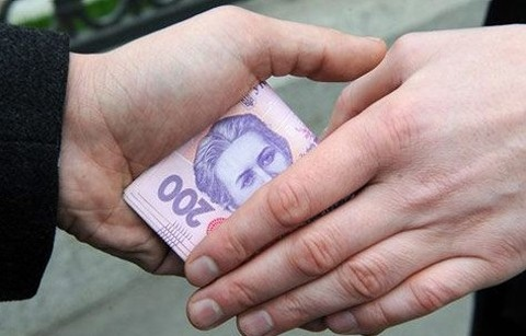 В Киеве осудили милиционера, получившего взятку в размере 40 тыс. грн.