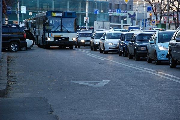 В Киеве появятся отдельные полосы для движения транспорта
