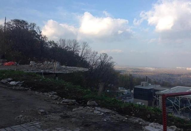 В Мариинском парке уничтожили смотровую площадку