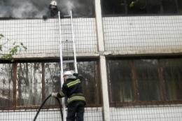 В Шевченковском районе горела квартира. Пострадали дети