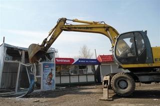 В Киеве не могут демонтировать тысячу МАФов