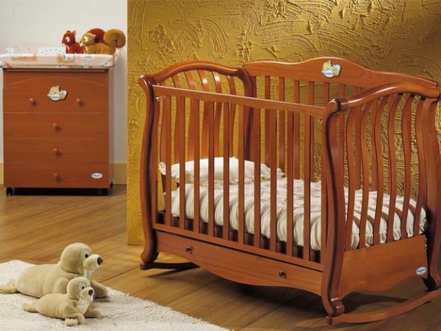 Особенности расположения детской кроватки