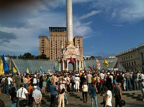 Попов через суд хочет запретить проведение акций на Майдане