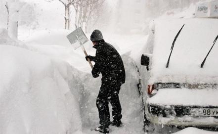 В Киев идут затяжные снегопады