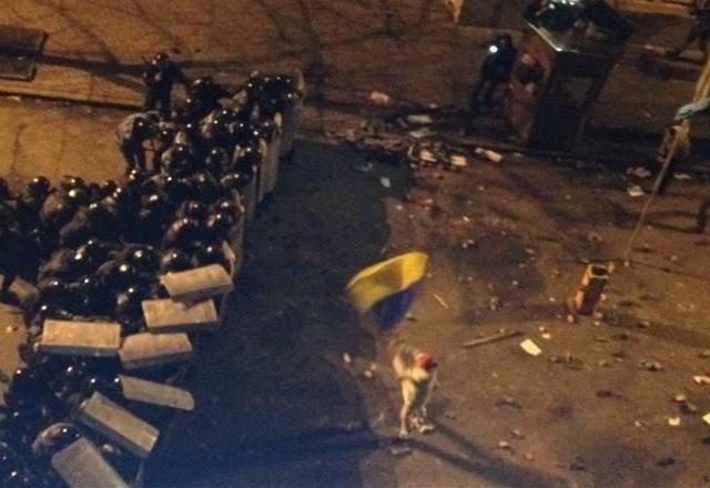 Политологи считают, что глава КГГА не виноват в разгоне Евромайдана в Киеве