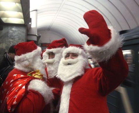 29 декабря в киевском метро Дед Мороз будет раздавать подарки