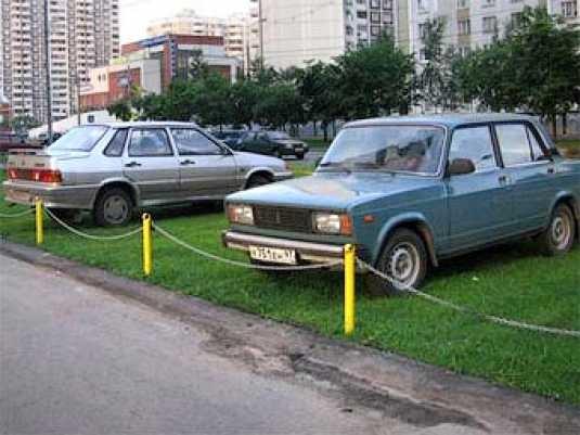 Придомовые территории могут избавить от машин