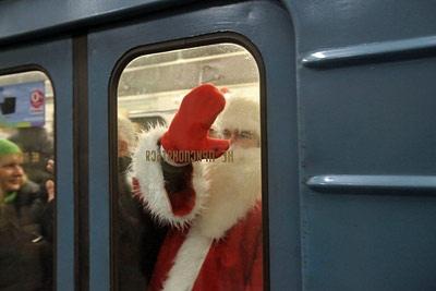 В Новогоднюю ночь транспорт будет работать дольше