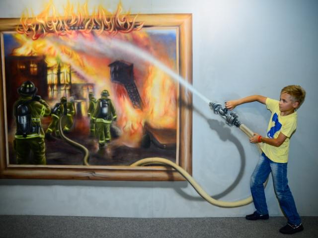 В Киеве снова проходит выставка трехмерных картин