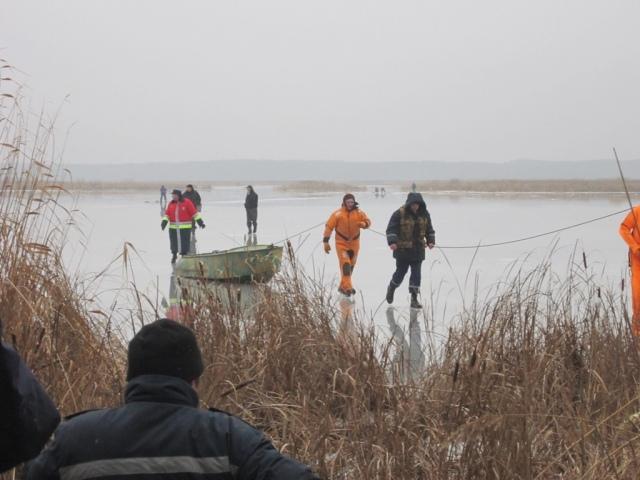 Спасатели нашли тело рыбака, который еще 2 января провалился под лед