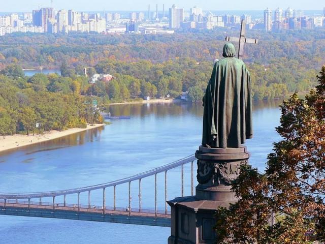 Киев - самый красивый украинский город - Николай Азаров