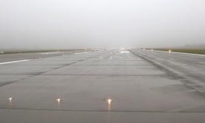 """В аэропорту """"Борисполь"""" самолет выкатился за пределы ВПП"""