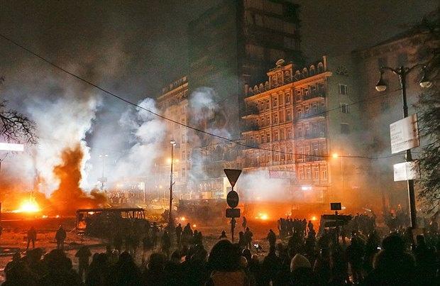 "Улицу Грушевского ""поломали"" на 150 тыс. гривен"