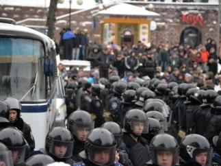 Милиция готовится к штурму КГГА