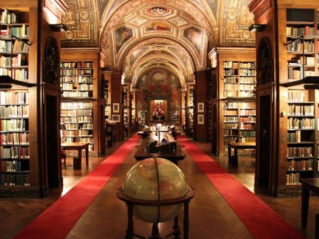 Киевляне возвращаются в библиотеки