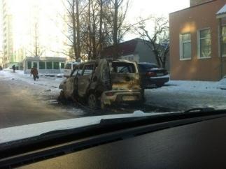 В Киеве жгут автомобили с западными номерами