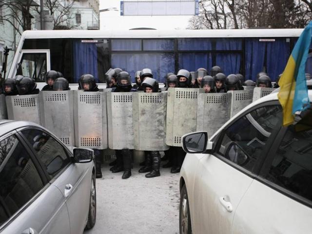 На улице Грушевского умер капитан милиции