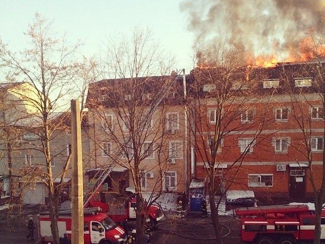 На Подоле ликвидировали сложное возгорание