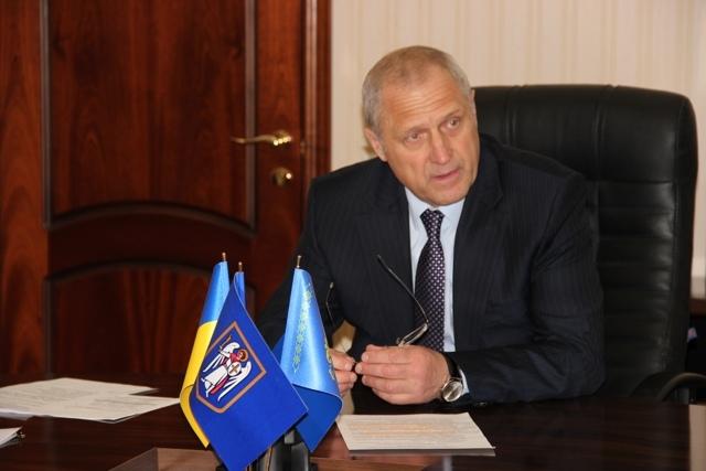 Главу Шевченковского района просят уйти в отставку